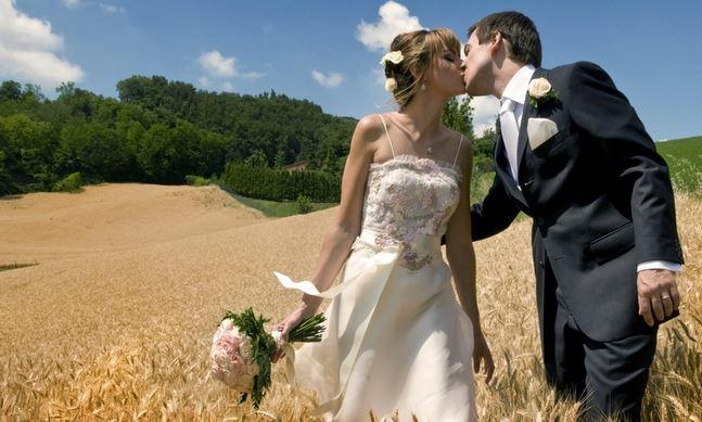 La cérémonie d'engagement, un mariage en plein air